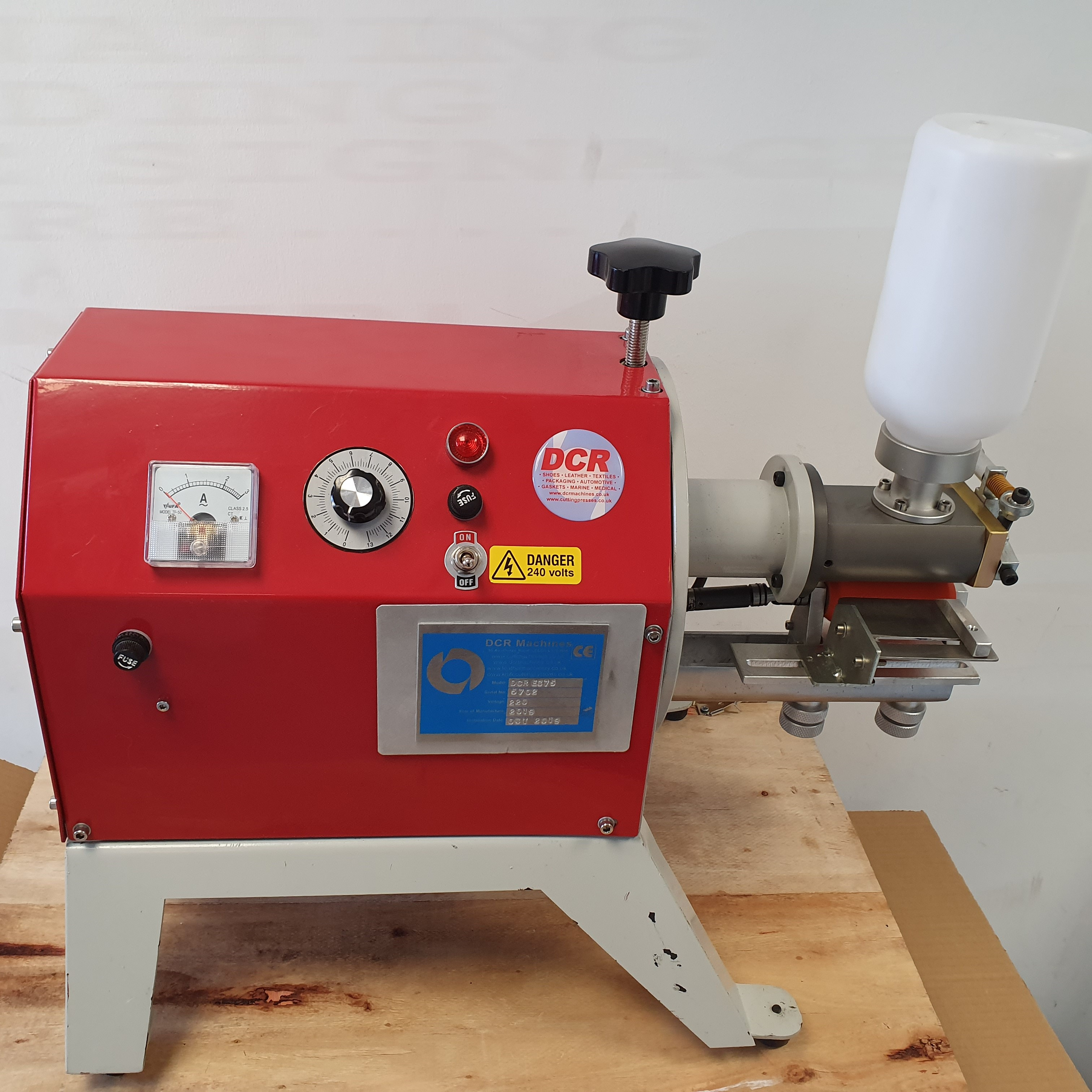 Photo of an DCR EC75 Edge Cementing Machine Industrial Sewing Machines